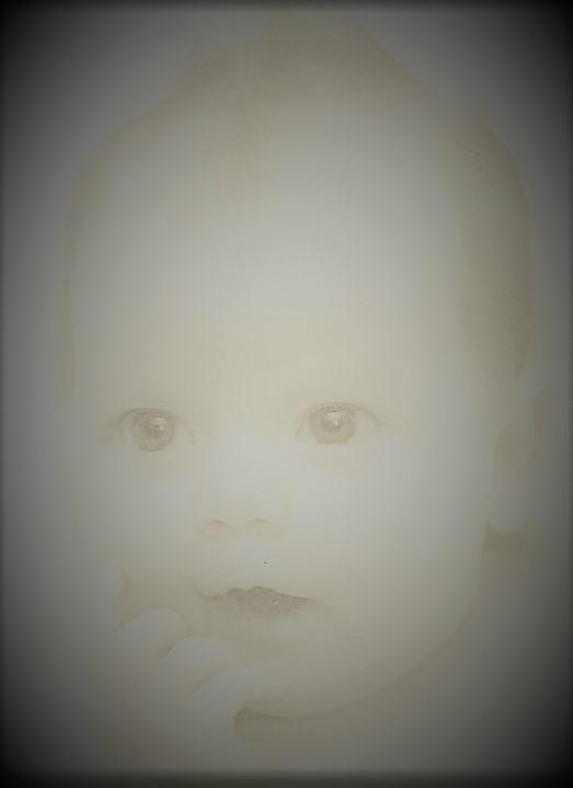 Baby Robin Lynna